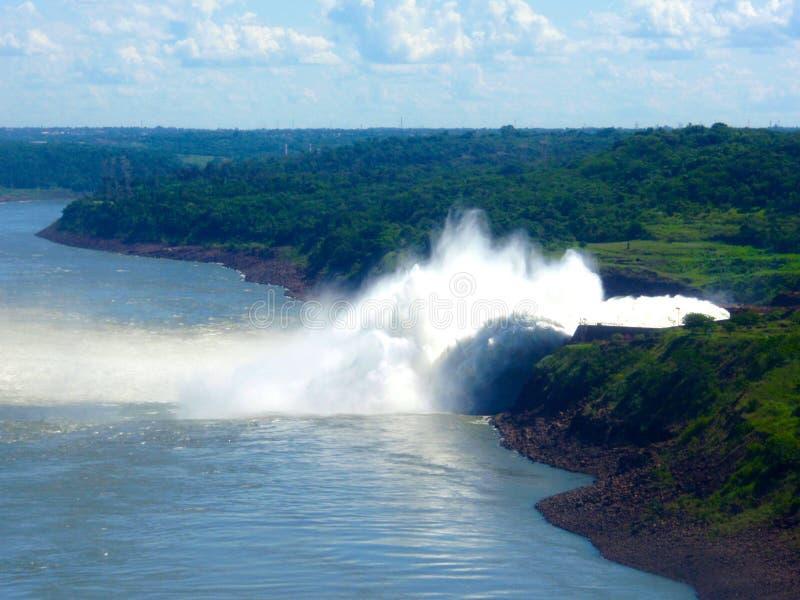 Binancional Itaipu, ГЭС, Бразили-Парагвай стоковая фотография