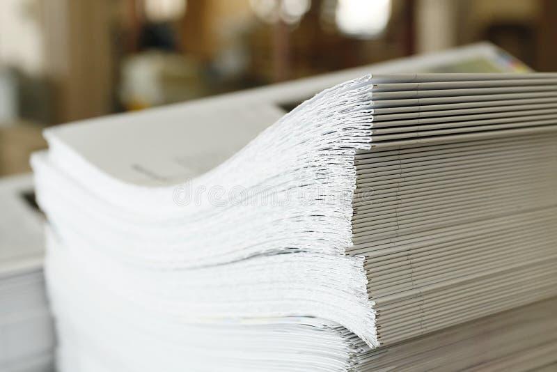 binding bok fotografering för bildbyråer