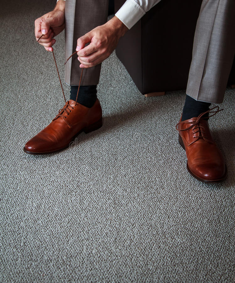 Bindung der Schuhe lizenzfreie stockfotos
