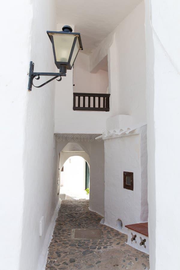 Binibequer Vell dans le village blanc Sant Lluis de Menorca Binibeca photographie stock