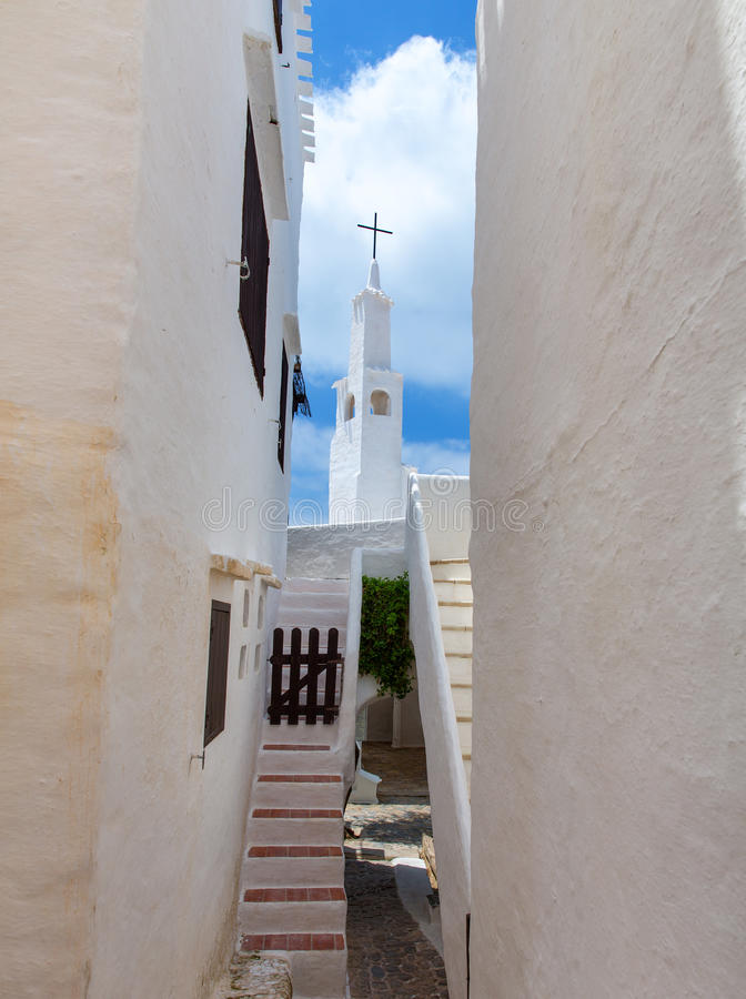 Binibequer Vell en el pueblo blanco Sant Luis de Menorca Binibeca imagen de archivo libre de regalías