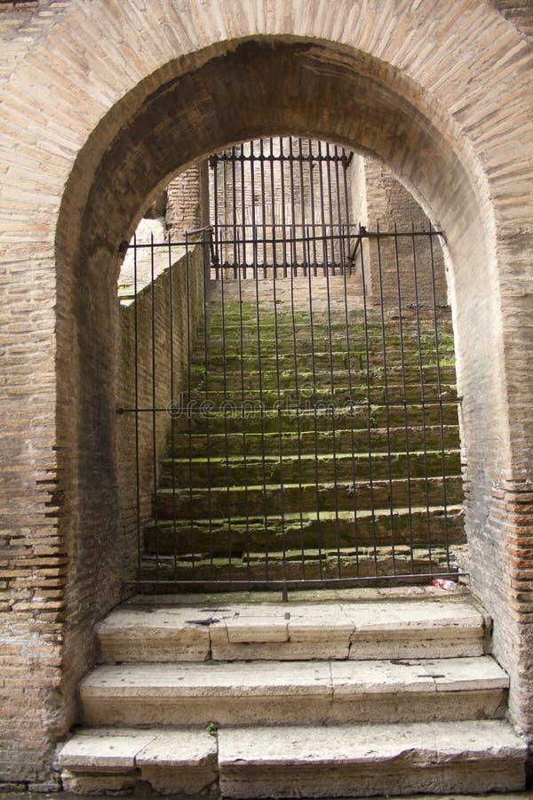 Binnen Coliseum in Rome, Lazio, Italië royalty-vrije stock fotografie