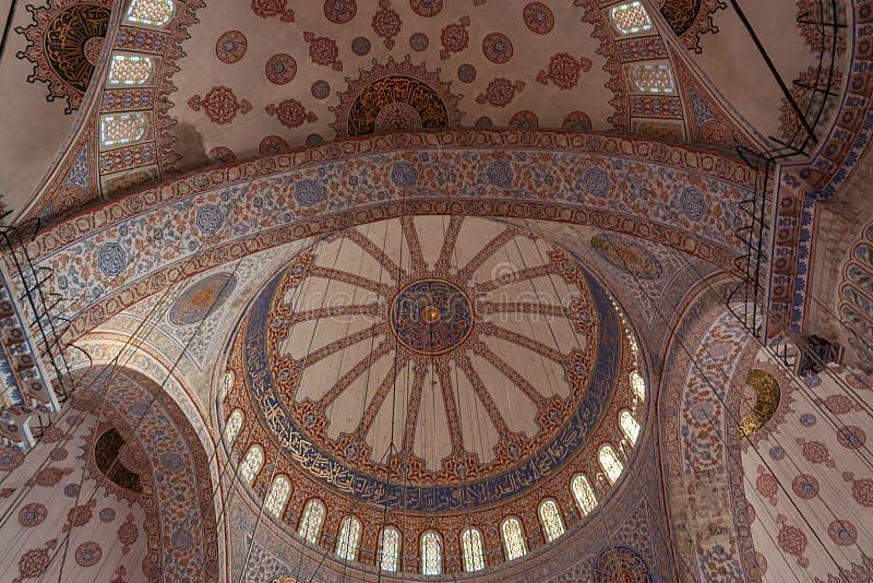 Binnen de Blauwe Moskee, Blauwe Moskee Istanboel stock foto's