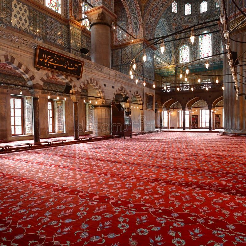 Binnen de Blauwe Moskee in Istanboel royalty-vrije stock foto's