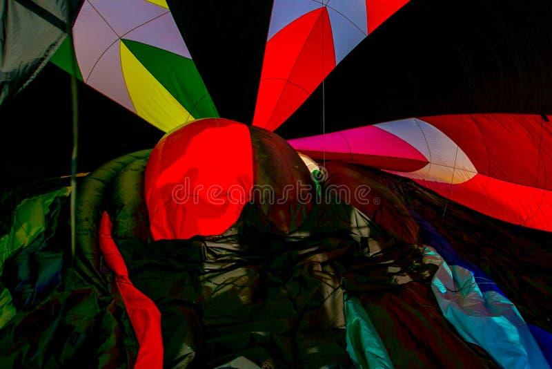 Binnen de hete luchtballon royalty-vrije stock afbeelding
