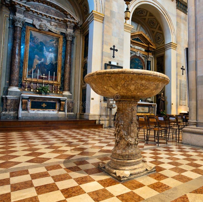 Binnen de Kathedraal van Loreto stock foto's
