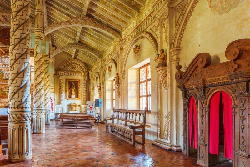 Binnen de kerk St Xavier, Jezuïetopdrachten, Bolivië, Werelderfenis stock foto