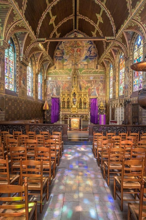 Binnen de kerk van het Heilige Bloed in Brugge, België royalty-vrije stock afbeeldingen