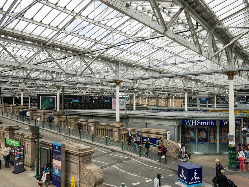 Binnen de Waverly-Post, Edinburgh stock afbeelding