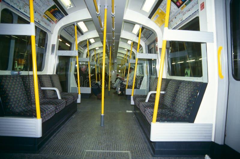 Binnen een trein in Londen royalty-vrije stock foto