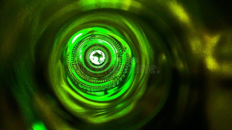 Binnen een wijnfles stock afbeelding