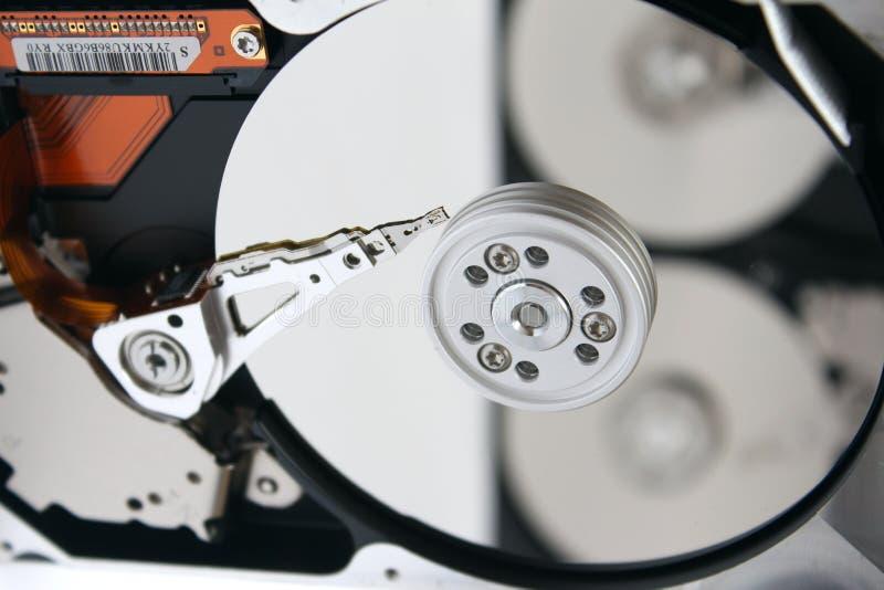 Binnen geopende harde schijfaandrijving (HDD) royalty-vrije stock afbeelding