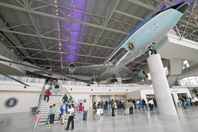 Binnen het Air Force One-Paviljoen in Ronald Reagan Presidential Library en Museum, Simi Valley, CA stock afbeelding