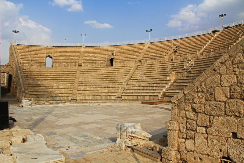 Binnen het Amfitheater in Caesarea Maritima Nationaal Park stock afbeeldingen