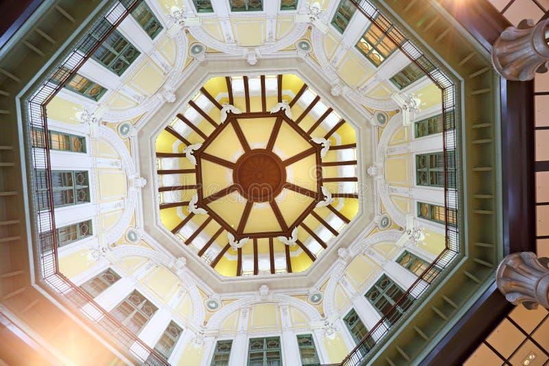 Binnen het station van Tokyo in Marunouchi royalty-vrije stock foto's