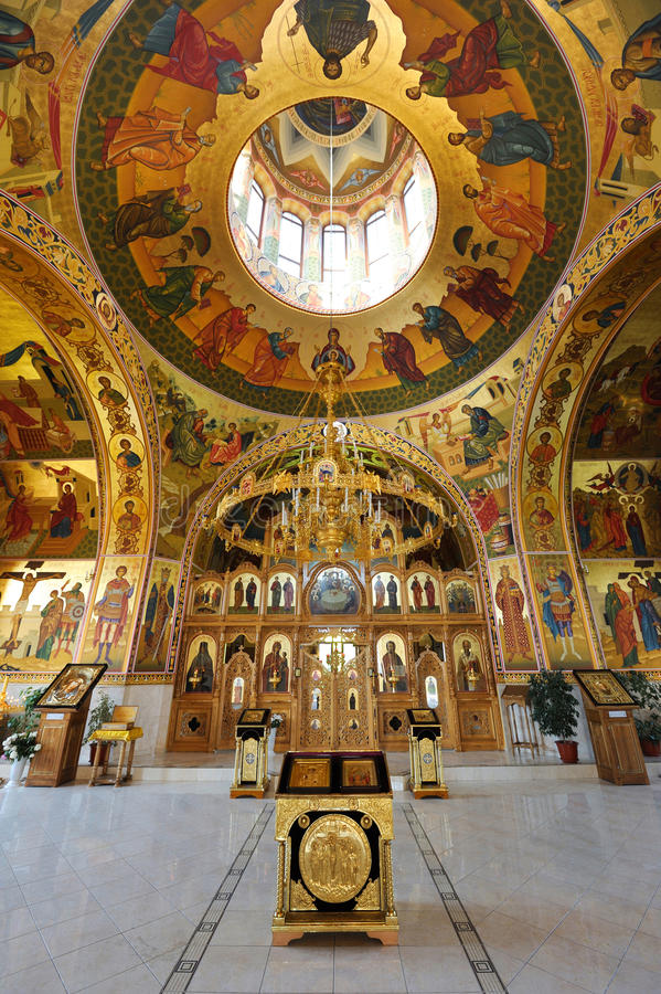 Binnen orthodox klooster stock foto