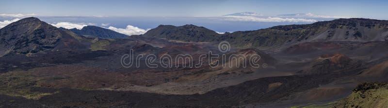Binnen van de vulkaankrater van Maui royalty-vrije stock afbeeldingen