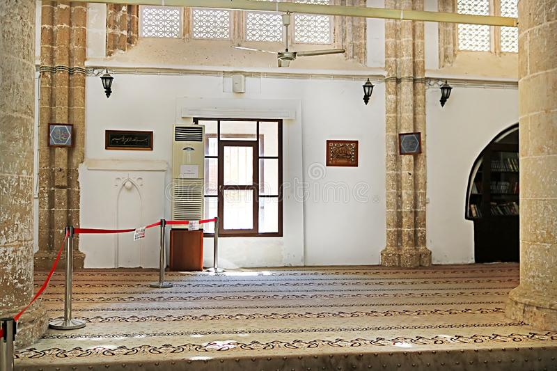 Binnen van Lala Mustafa Pasha Mosque vroeger St Nicholas Cathedral Famagusta, Cyprus stock afbeelding