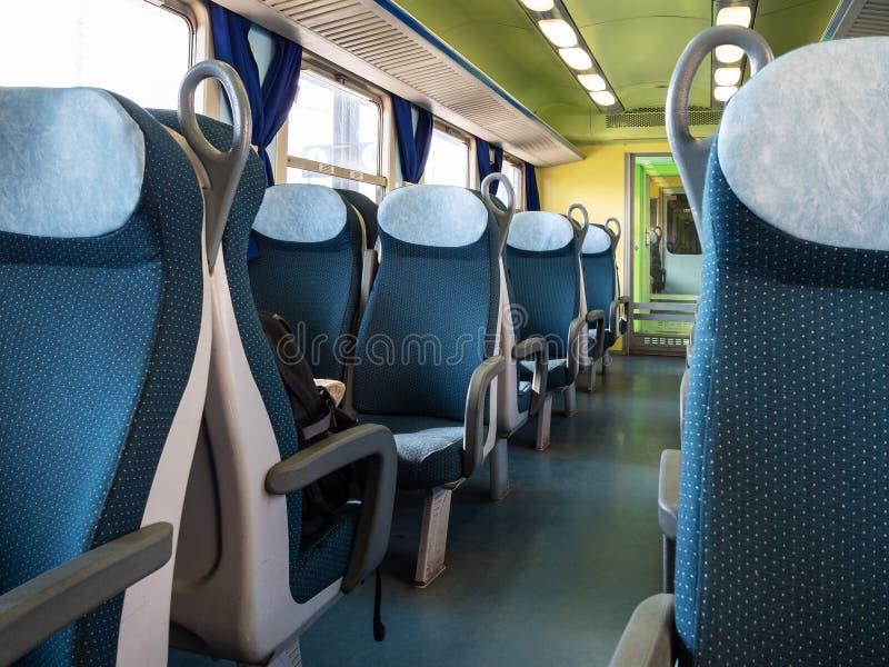 binnen van personenauto van tweede klasse in Italië royalty-vrije stock foto's