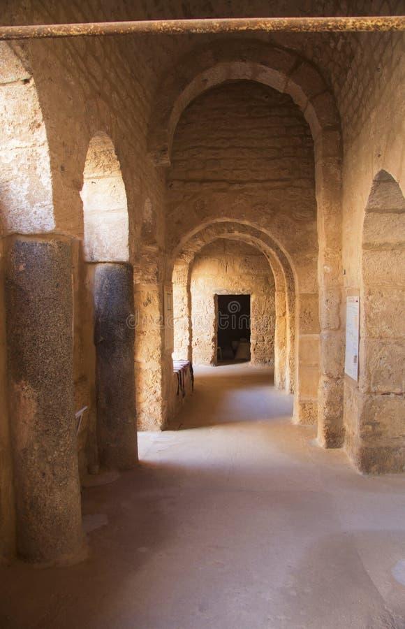 Binnen van vesting ribat van Sousse in Tunesië stock foto's