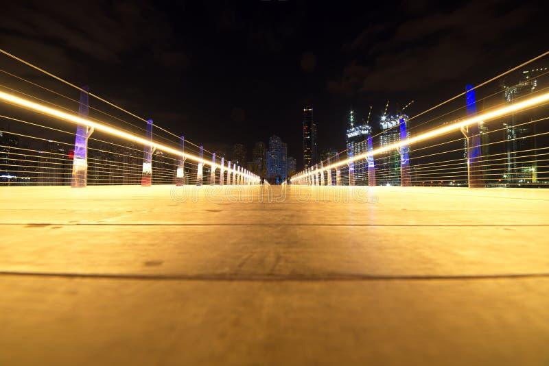 Binnen Voetbrug van Bluewaters-Eiland aan JBR, Doubai, Verenigde Arabische Emiraten stock afbeeldingen
