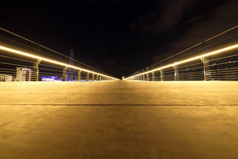 Binnen Voetbrug van Bluewaters-Eiland aan JBR, Doubai, Verenigde Arabische Emiraten stock fotografie