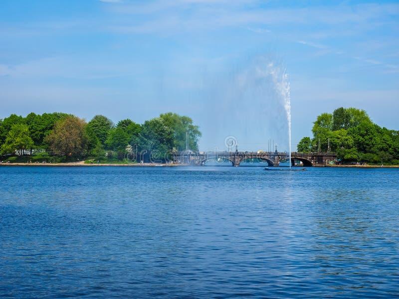 Binnenalster (lago interno Alster) en el hdr de Hamburgo imágenes de archivo libres de regalías