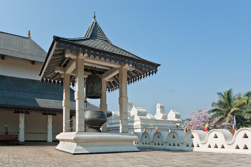 Binnengebouwen van Boeddhistische Tempel van het Tandoverblijfsel in Kandy, Sri Lanka. stock afbeeldingen