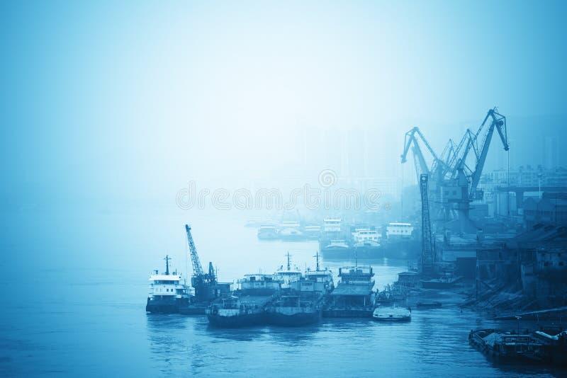 Binnenhafen im Yangtze-Fluss stockbild