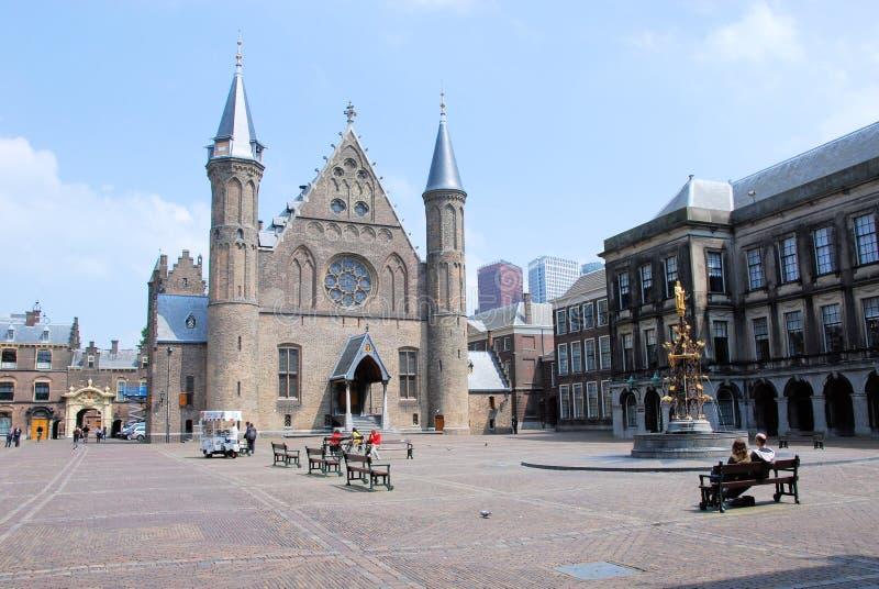 Binnenhof Haag mitt av holländsk politik med fotografering för bildbyråer