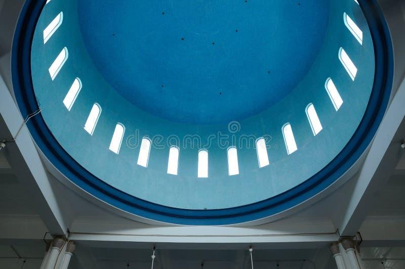 Binnenkoepel van Masjid Jamek Bandar Mersing royalty-vrije stock foto's