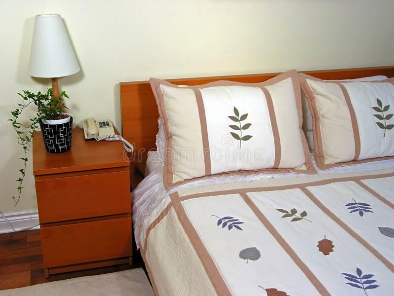 Binnenland 2 van de slaapkamer stock foto's