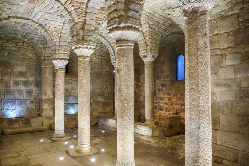 Binnenland in een oude crypt royalty-vrije stock foto