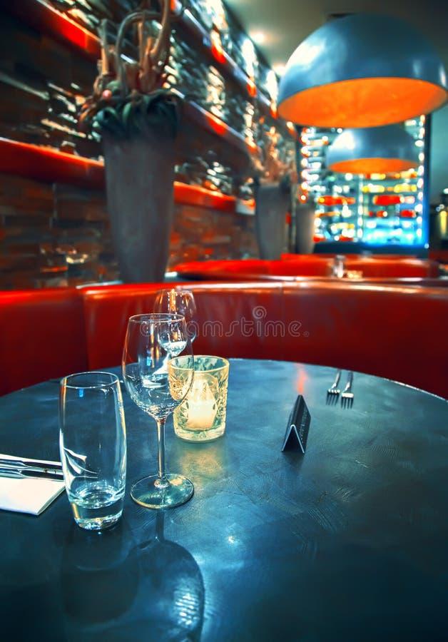 Download Binnenland met lampen stock foto. Afbeelding bestaande uit stoel - 29500530