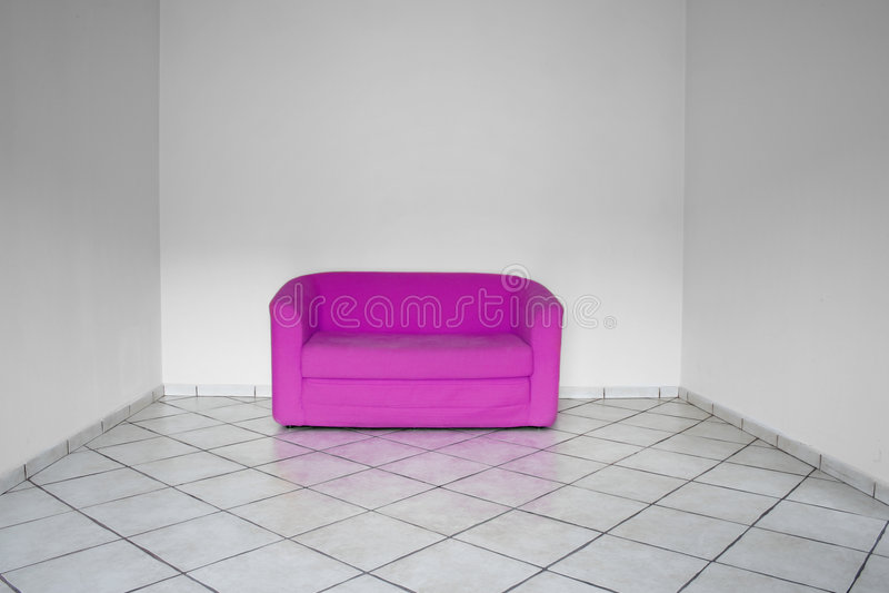 Binnenland met roze meubilair stock afbeeldingen