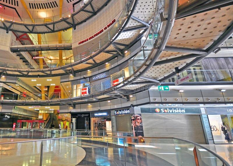 Binnenland van Arena'swinkelcomplex Barcelona royalty-vrije stock afbeeldingen