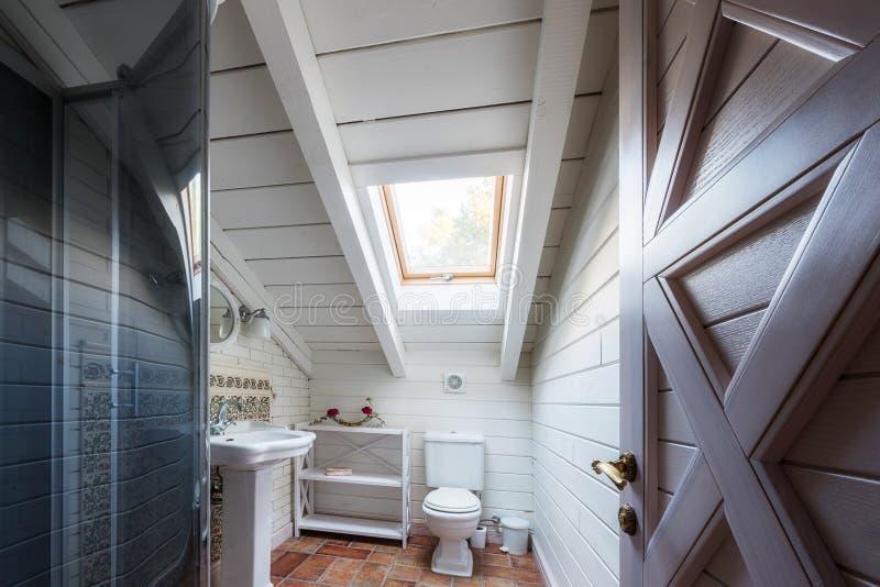 binnenland van badkamers in modern stock fotografie
