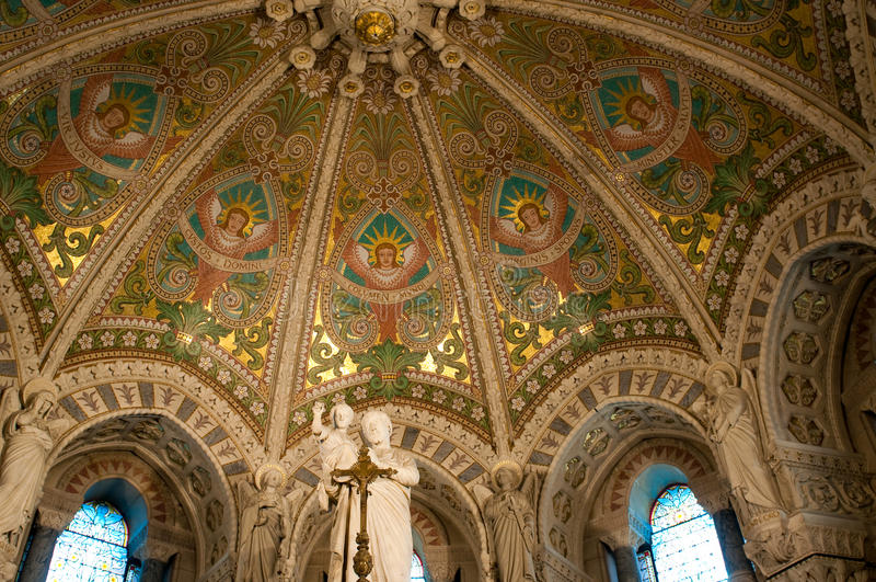 Binnenland van basiliek Notre Dame DE Fourviere royalty-vrije stock foto