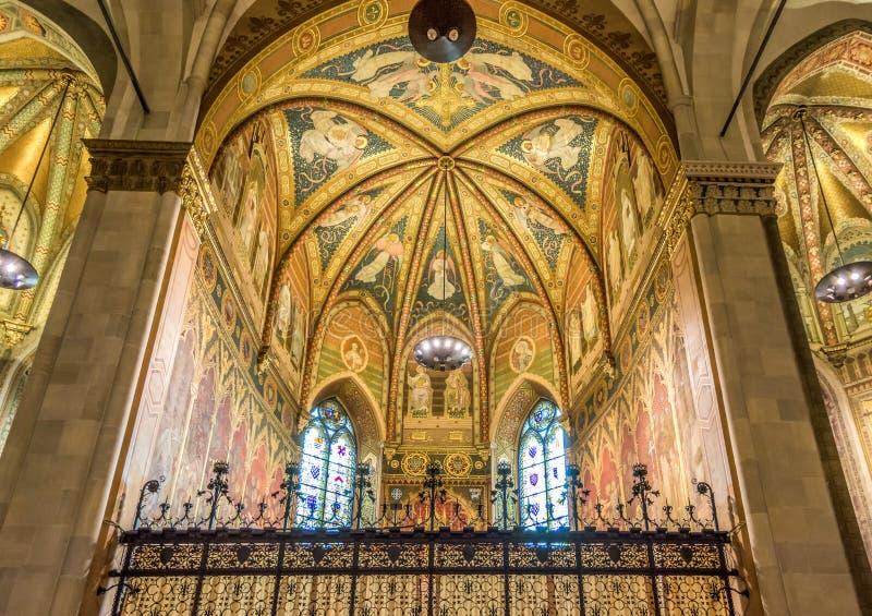 Binnenland van Basiliek van Santa Casa, het Heiligdom van het Heilige Huis van Maagdelijke Mary Het Heiligdom is Th stock foto