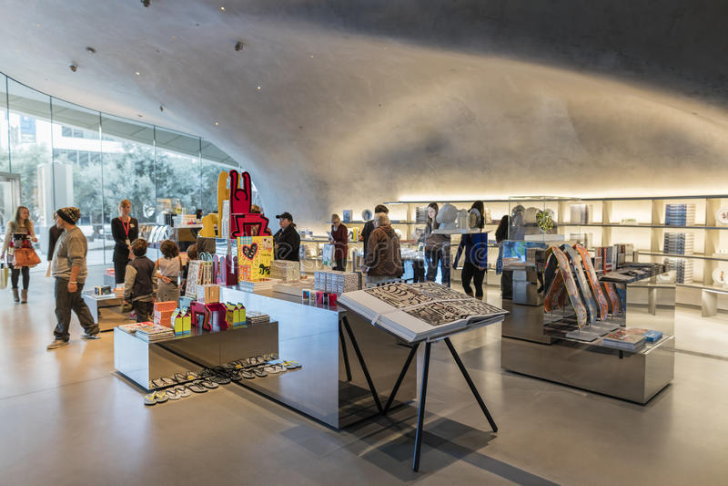 Binnenland van Breed Eigentijds Art Museum royalty-vrije stock foto's