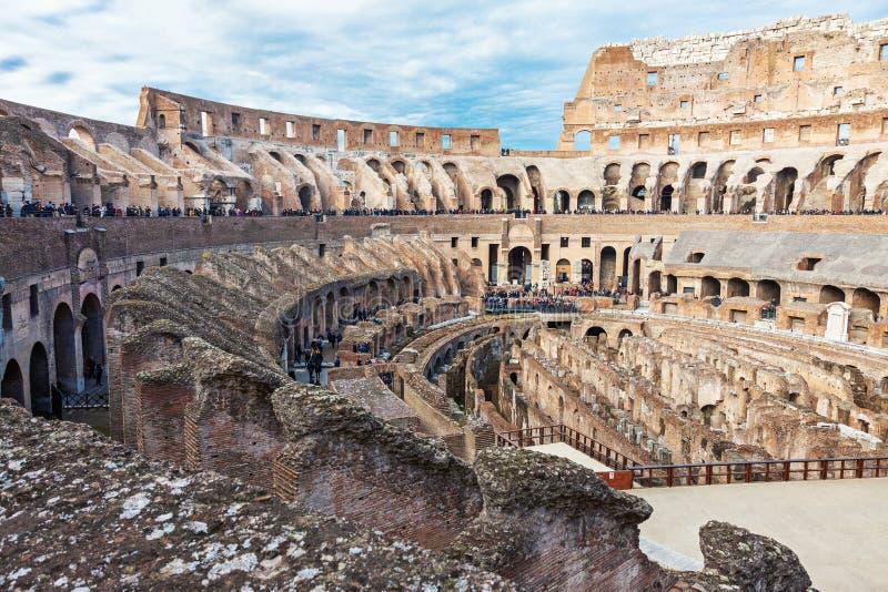 Binnenland van Colosseum in Rome royalty-vrije stock afbeelding