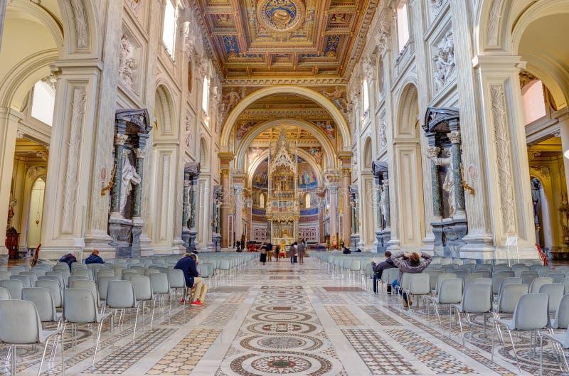 Binnenland van de Basiliek Di San Giovanni in Laterano, Rome, Italië stock foto