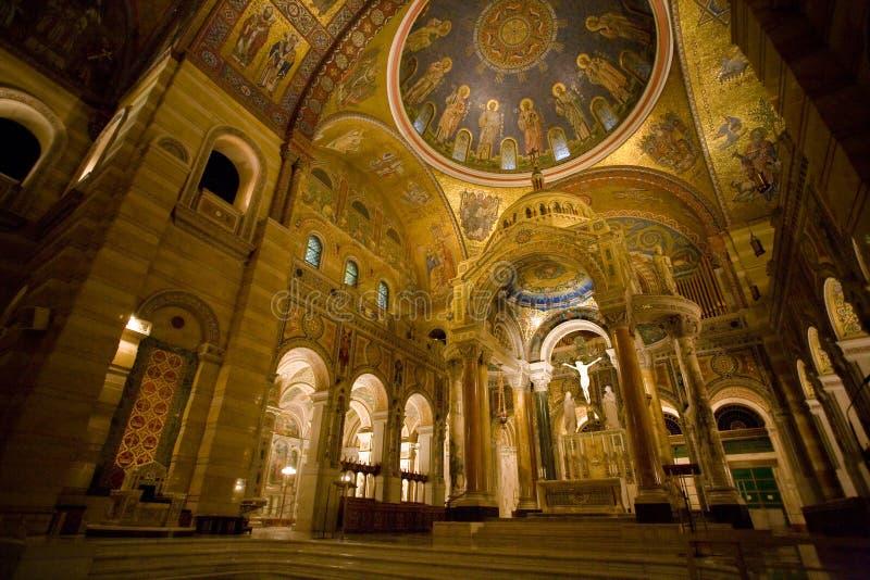 Binnenland van de Kathedraal van het Saint Louis stock afbeeldingen