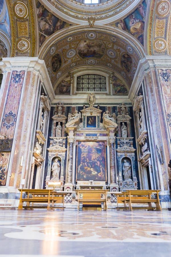 Binnenland van de kerk van Chiesa del Gesà ¹ Nuovo stock foto's