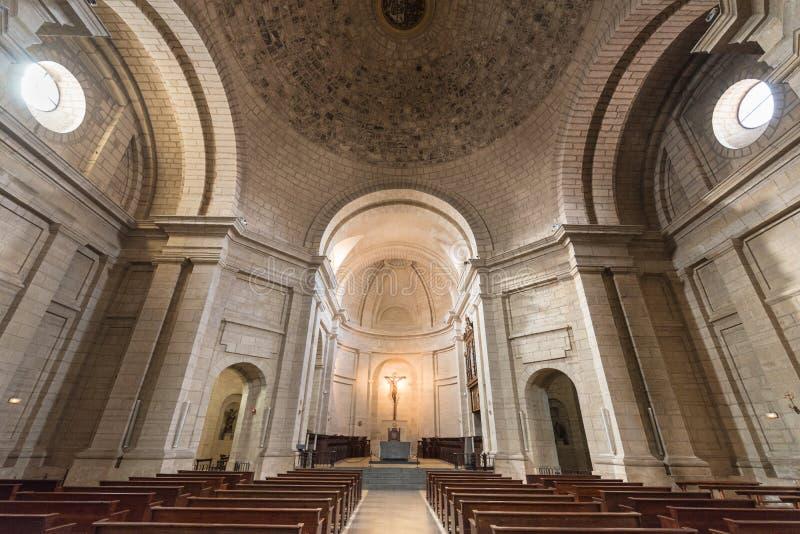 Binnenland van de kerk in oude monastary van Santo Domingo de Silos, Burgos, Spanje royalty-vrije stock afbeelding