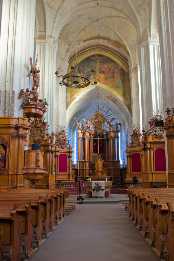 Binnenland van de Kerk van Bernardines in Vilnius royalty-vrije stock foto