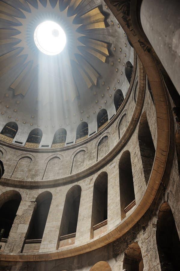 Binnenland van de Kerk van het Heilige Grafgewelf royalty-vrije stock fotografie