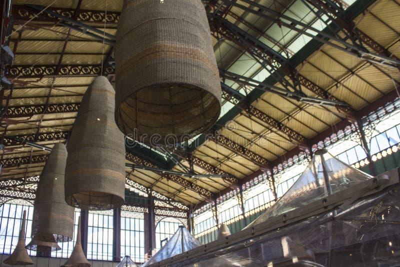 Binnenland van de markt van San Lorenzo in Florence stock afbeeldingen