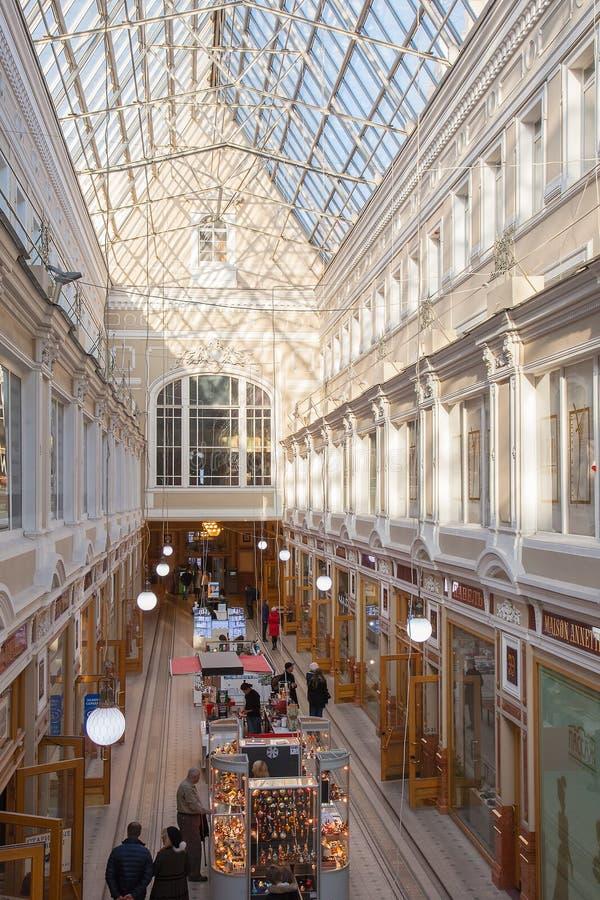 Binnenland van de Passage van Heilige Petersburg - winkelcentrum royalty-vrije stock foto's