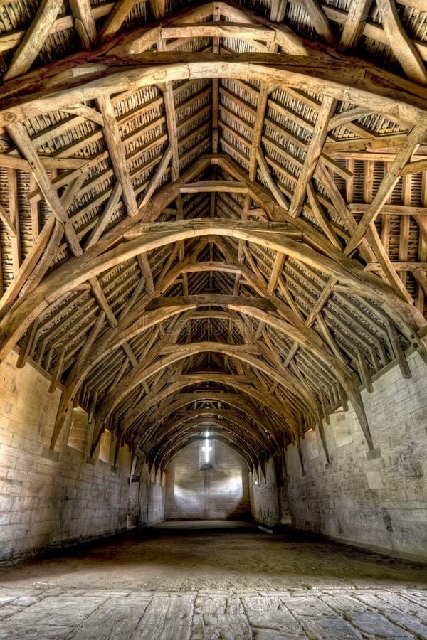 Binnenland van de Schuur van de Tiend, dichtbij Bad, Engeland stock foto